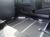 Opel Combo Rolstoelauto van Freedom Auto Aanpassingen oprijplaat verlichting
